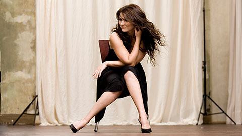 National Symphony Orchestra: Donald Runnicles, conductor: Olga Peretyatko, soprano, sings R. Strauss / Works by Mozart & Elgar