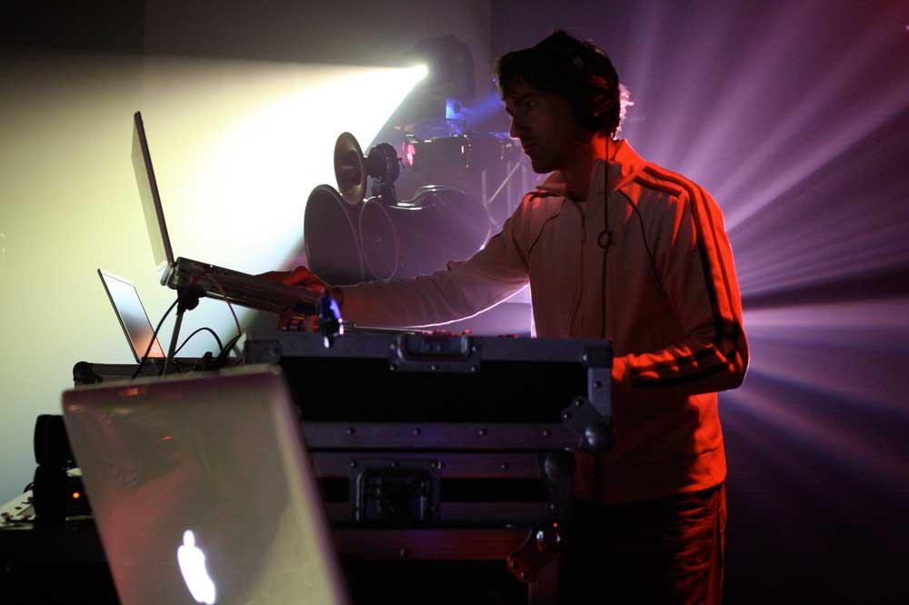 Mason DJs at Redmoon