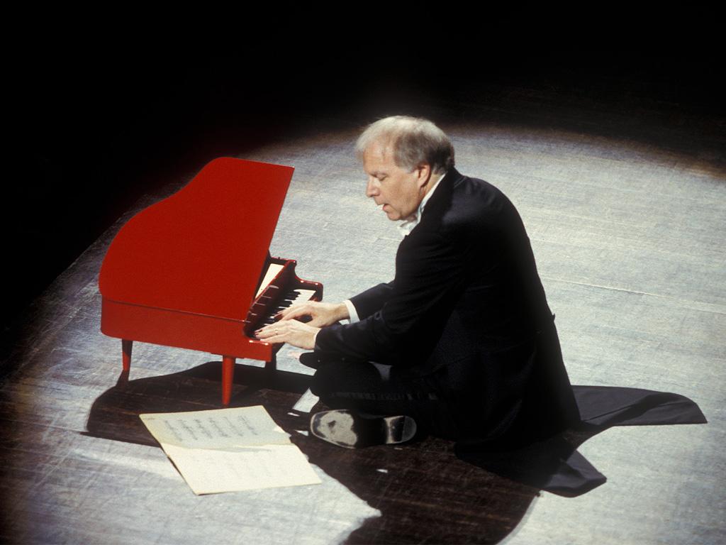 Leonard Slatkin in the Piano 2000! Festival