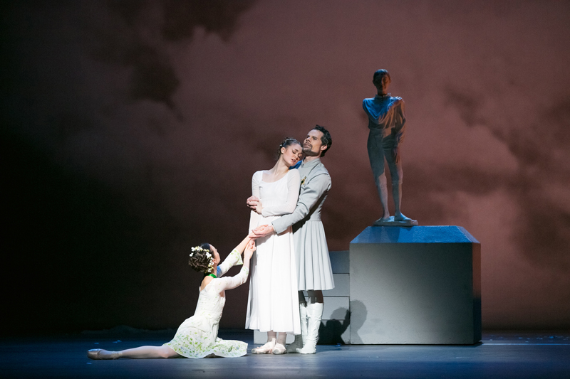 Jillian Vanstone, Hannah Fischer and Piotr Stanczyk in The Winter's Tale