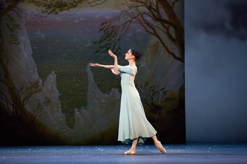 Svetlana Lunkina in The Winter's Tale
